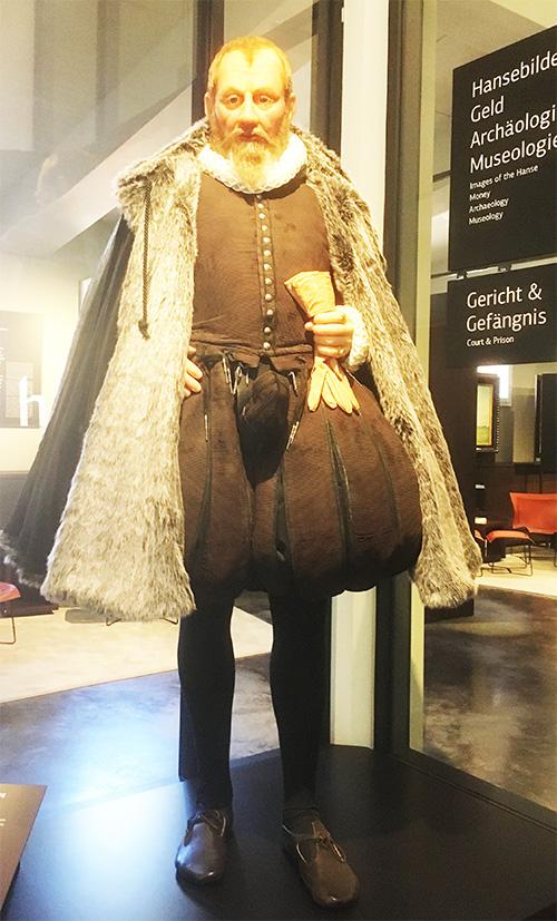 """Ein """"Pfeffersack"""" im Europäischen Hansemuseum in Lübeck"""