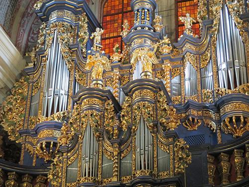 Die Kirchenorgel in der Wallfahrtskirche zu Heiligelinde (Swieta Lipka)
