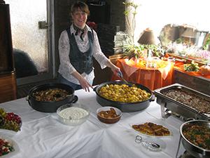 Vegetarische Speisen in der Bahnhofsgaststätte Bern in Mollhagen