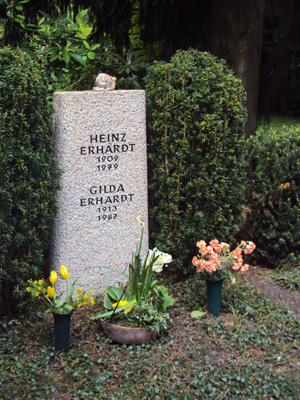 Heinz Erhardts Grabstätte im Friedhof Ohlsdorf