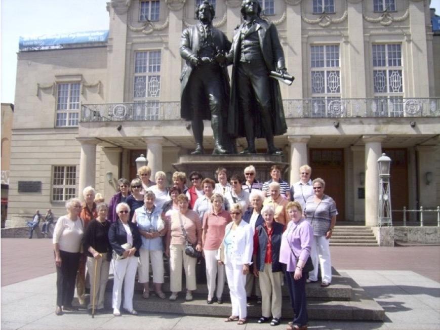 Gruppenbild mit Goethe und Schiller